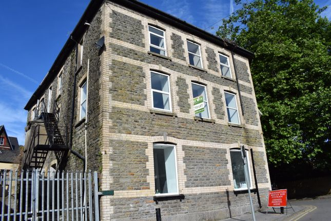 Thumbnail Flat to rent in Station Street, Porth
