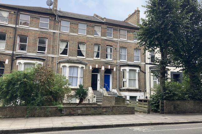 2 bed flat for sale in 132A Tollington Park, Finsbury Park, London N4