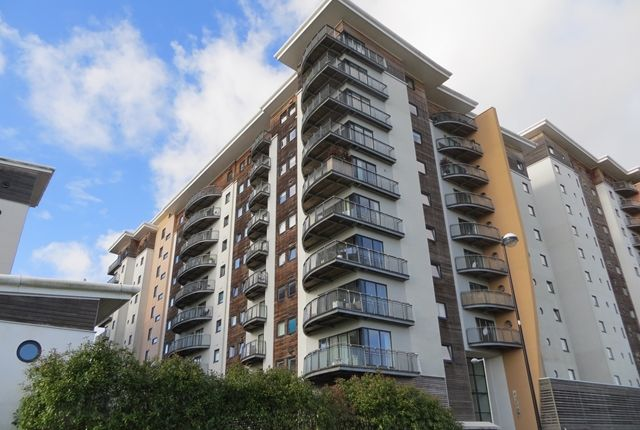 2 bed flat to rent in Picton House. Victoria Wharf, Cardiff International Sports Village