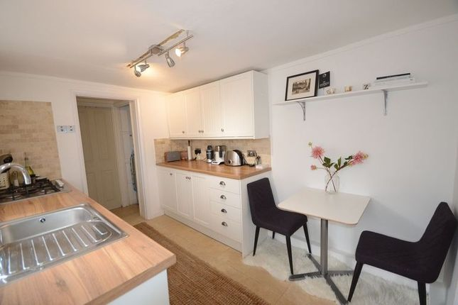 Thumbnail Flat to rent in Arthur Road, Windsor
