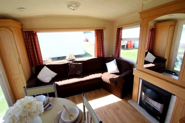 Thumbnail Mobile/park home for sale in Holland On Sea, Clacton-On-Sea