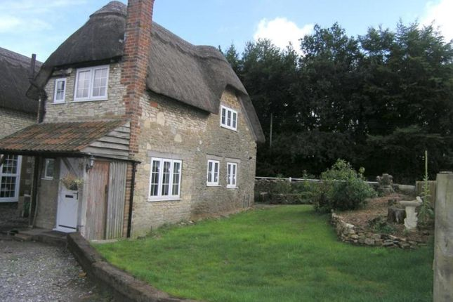 Thumbnail Cottage to rent in New Road, Studley, Calne