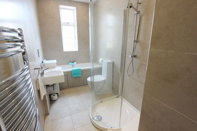 Main Bathroom  of Greenbank Road, Morningside, Edinburgh EH10