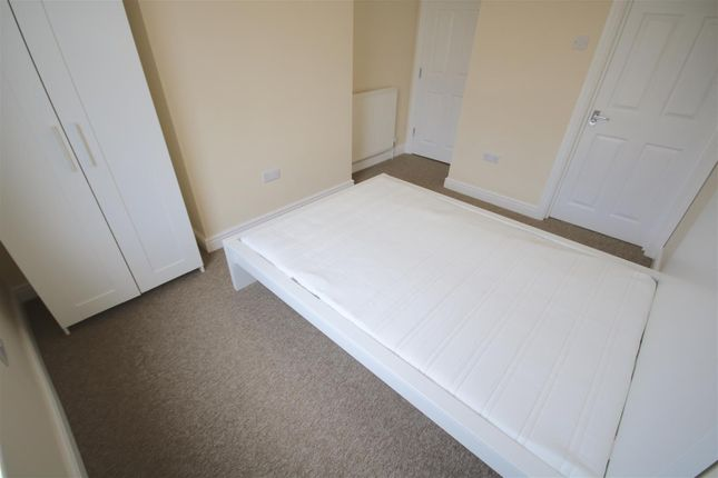 Room 1 of Chichester Road, Portsmouth, Hampshire PO2