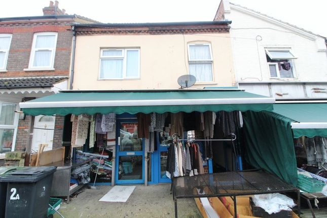 Thumbnail Property for sale in Ivy Road, Luton