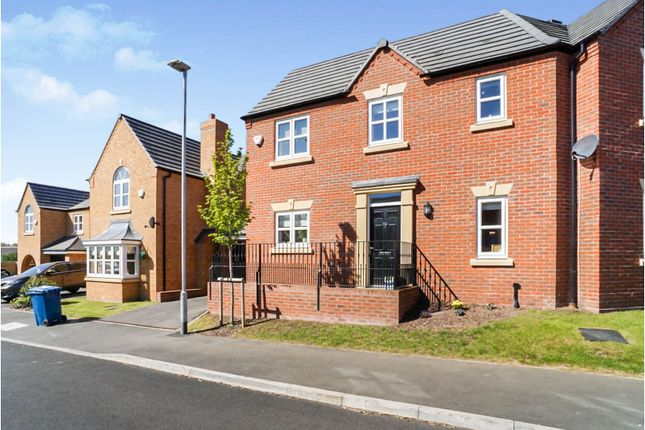 3 bed semi-detached house for sale in Croft Close, Tamworth B77