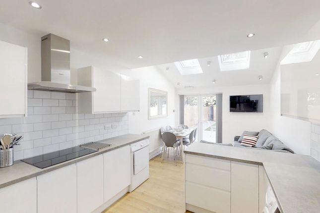 Thumbnail Shared accommodation to rent in Brandon Road, Dartford, Kent