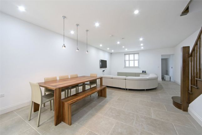 Thumbnail Terraced house for sale in Abingdon Road, London