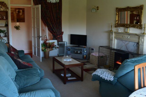 Thumbnail Flat to rent in Narberth Road, Tenby