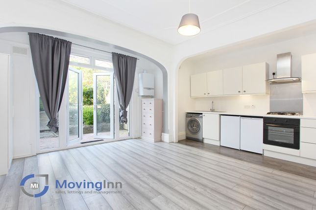 Studio to rent in St. Augustines Avenue, South Croydon, Surrey CR2