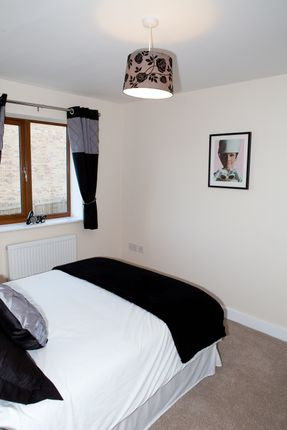 Image: 7 of Hillcrest, Stansfield Close, Castleford WF10