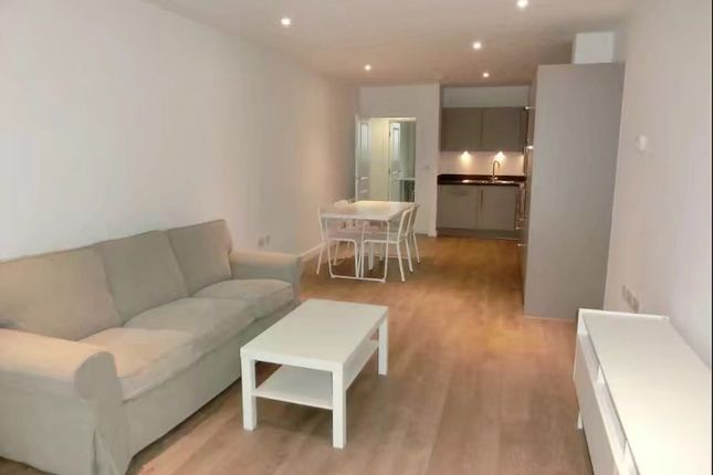 Thumbnail Terraced house to rent in Bayliss Heights, 8 Peartree Way