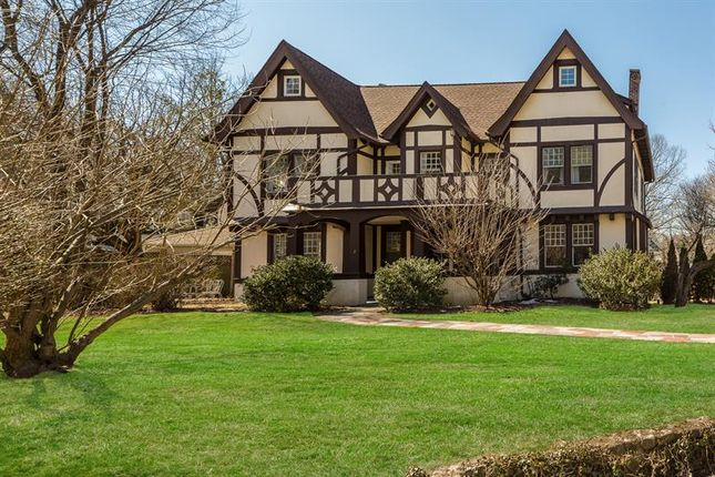 Thumbnail Property for sale in 2 Oval Court Bronxville, Bronxville, New York, 10708, United States Of America