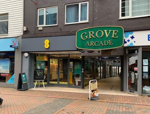 Thumbnail Retail premises to let in Grove Arcade, Wilmslow