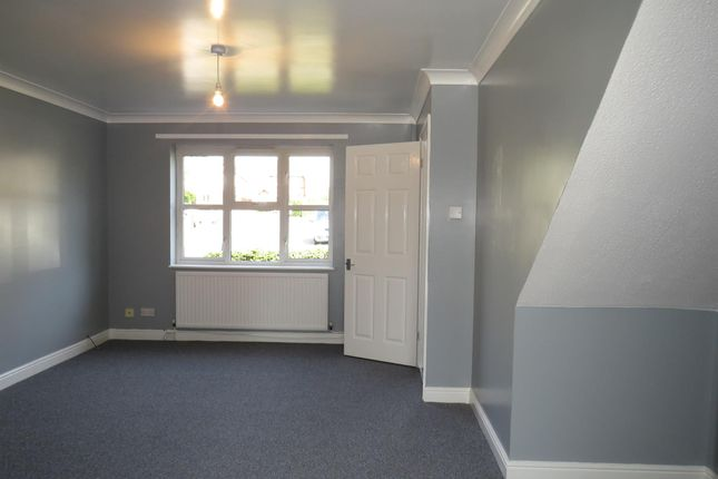 Thumbnail Property to rent in Carn Celyn, Beddau, Pontypridd