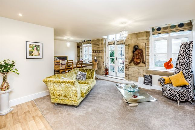 Thumbnail Flat for sale in Dean House Lane, Midgley, Halifax