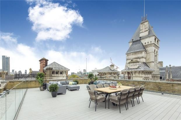 3 bed flat for sale in Chancery Lane, London