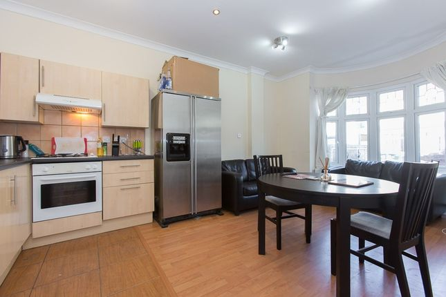 Thumbnail Flat to rent in Montana Road, Tooting Bec