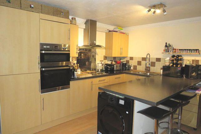 Thumbnail Flat for sale in Church Street, Modbury, Ivybridge