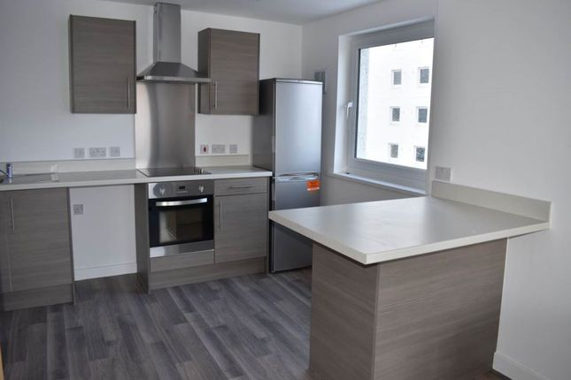 Thumbnail Flat to rent in Bentley Court, Keighley