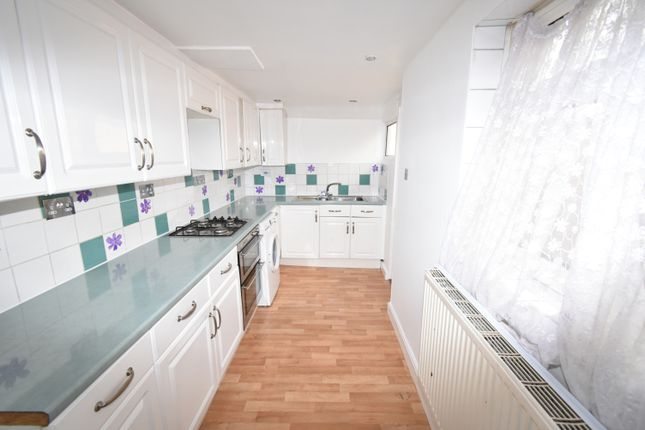 Thumbnail Terraced house to rent in Peareswood Road, Erith