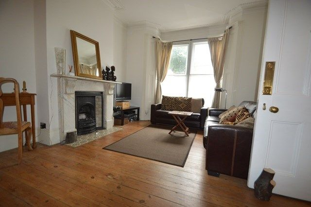 Thumbnail Terraced house to rent in Mount Pleasant Road, London