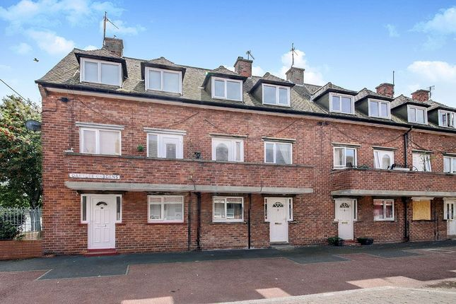 Thumbnail Flat to rent in Oaktree Gardens, Whitley Bay