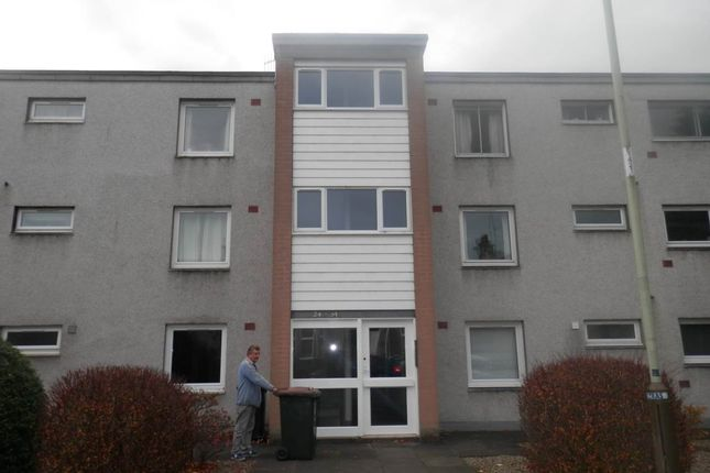 Thumbnail Flat to rent in Muirton Place, Perth