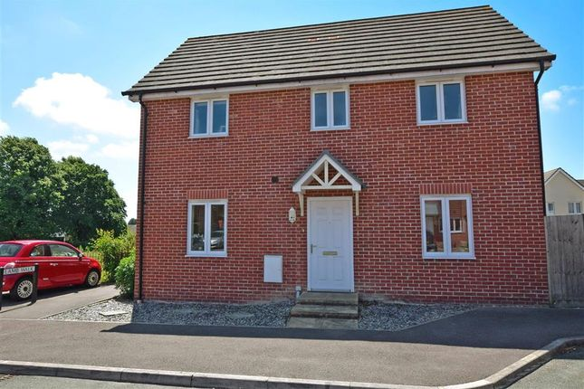 3 bed semi-detached house for sale in Spinner Drive, Havant, Hampshire