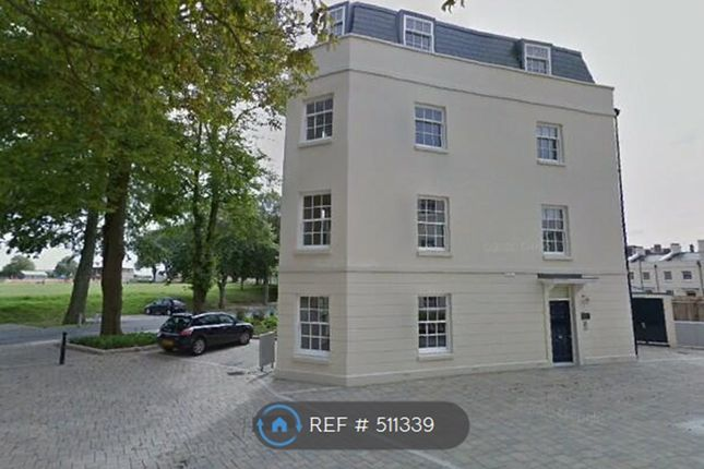 2 bed flat to rent in Mizzen Road, Plymouth PL1
