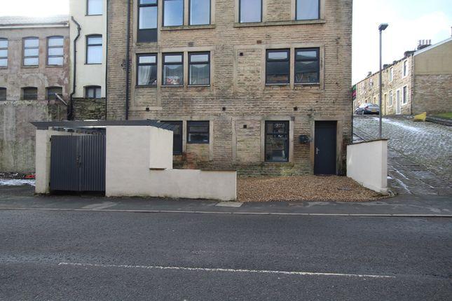Thumbnail Flat to rent in Carter Street, Old Bank Club, Accrington