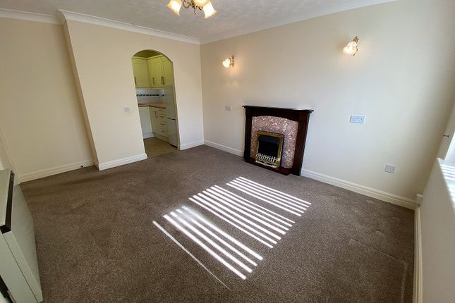 1 bed flat for sale in Parkside Court, Park Road, Southport, Merseyside. PR9
