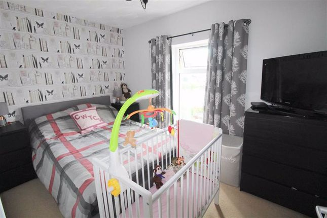 Bedroom 1 of Wengraig Road, Tonypandy, Rct CF40