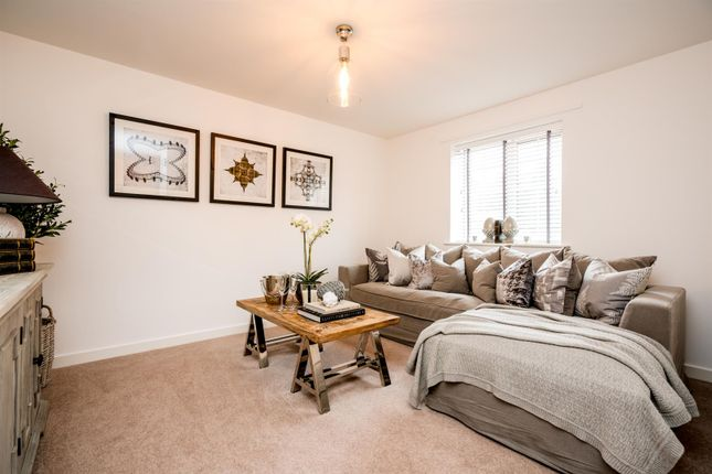 Thumbnail Property for sale in Gold Hill North, Chalfont St. Peter, Gerrards Cross