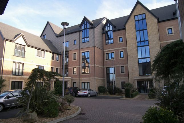 Thumbnail Flat to rent in Victory Boulevard, Lytham St. Annes
