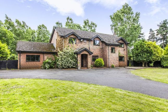 Thumbnail Detached house for sale in Scotter Common, Gainsborough