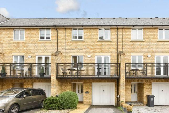 Thumbnail Property for sale in Sandringham Drive, Dartford