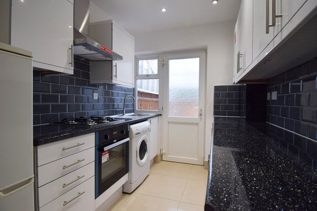 Thumbnail Terraced house to rent in Ennismore Road, London