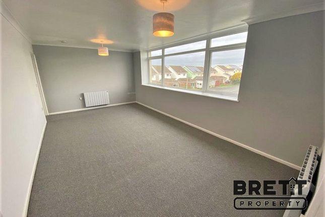 2 bed flat for sale in Sussex Row, Llanion Park, Pembroke Dock, Pembrokeshire. SA72