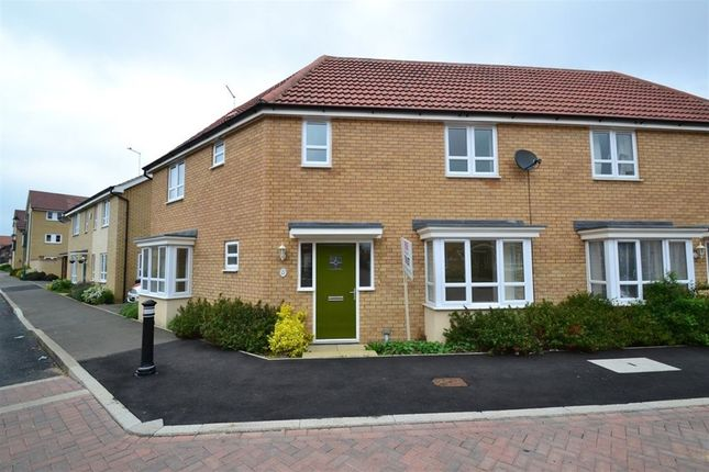 Thumbnail Property to rent in Mid Water Crescent, Hampton Vale, Peterborough