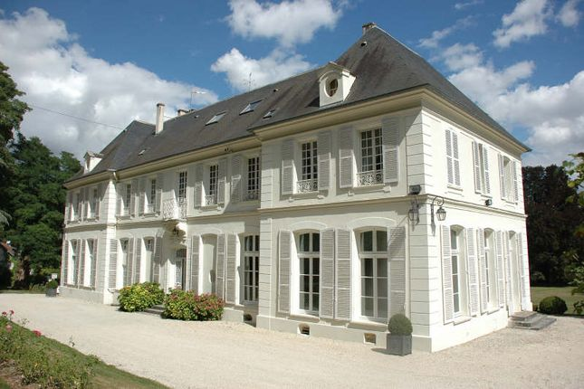 Thumbnail Property for sale in Coulommiers, Outside Paris (0-30 Km), France