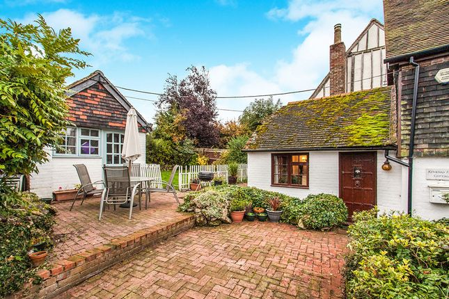 Thumbnail Detached house for sale in Kenward Road, Yalding, Maidstone