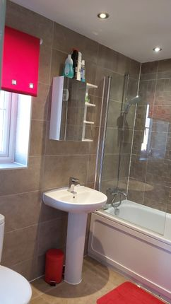 Family Bathroom of Mill Lane, Huthwaite, Sutton-In-Ashfield NG17