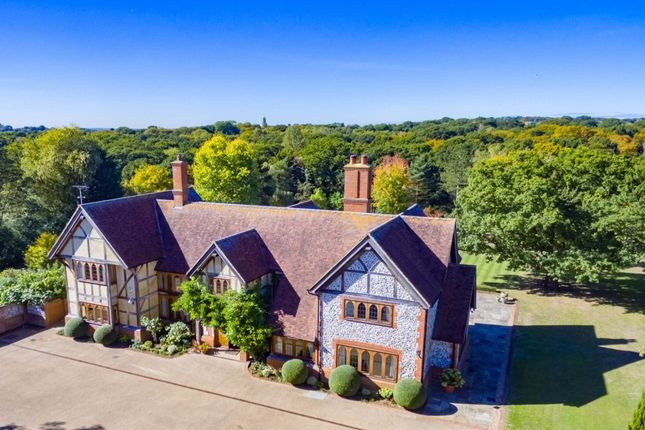 Thumbnail Detached house for sale in Epping New Road, Buckhurst Hill
