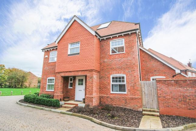 Thumbnail Detached house for sale in Campbell Road, Marlow