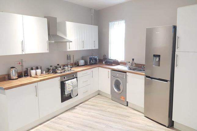 Thumbnail Shared accommodation to rent in Lancashire, Wigan