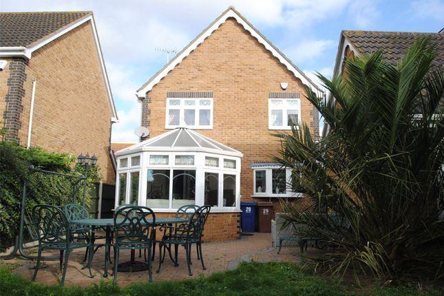 Picture No. 21 of Rowan Grove, Aveley, South Ockendon, Essex RM15