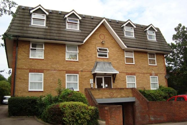 Millstream Close, Palmers Green N13