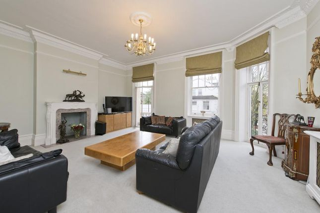 4 bed flat for sale in Zetland House, Marloes Road, Kensington, London