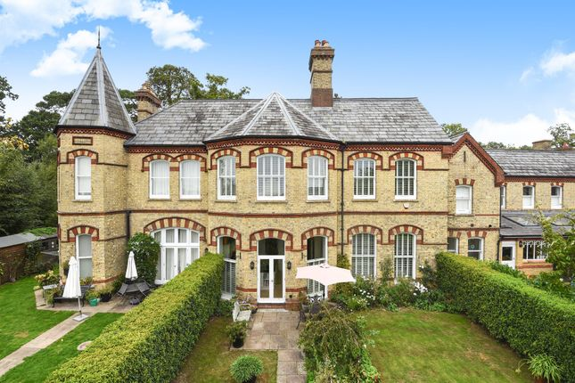 Thumbnail Town house for sale in Anscombe Woods Crescent, Haywards Heath